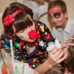 clown cu face painting